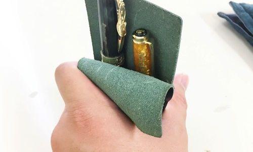 ツヴァイなら短いペンでも取り出しやすい!ペンシースってペンが取り出しにくいと思いませんか?