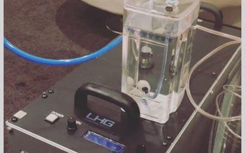 水素酸素吸入機のモニターから脳ドック!?