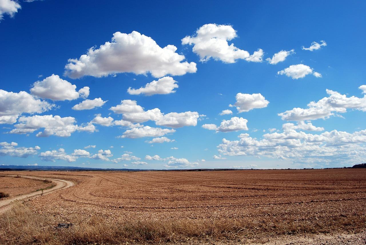 3分間の物語vol.36「青い空の向こう」
